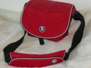 Crumpler Muffin Top 4000 Cross Body Camera Bag Red Excellent Condition