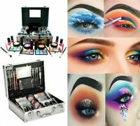 Technic - Large Beauty Train Case With Cosmetics Make-Up Set