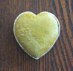 Vintage Gold Velvet Heart Pincushion Footed Metal Sewing Tool