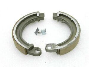 """Vespa 8"""" Wheel Front Brake Shoe Kit With Clips VBB/VBA/Bajaj"""
