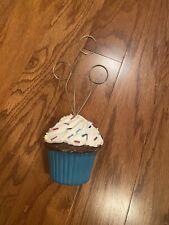 Cupcake Photo Holder