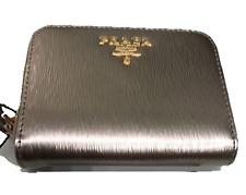 258e5a3ad28039 PRADA Portamonete Vitello Move PIRITE Gold Leather Zippered Wallet 1MM268