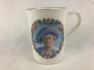 ROYAL FAMILY - QUEEN MOTHER CELEBRATING HER 100tH BIRTHDAY - 2000 COFFEE MUG