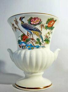 Stunning Vintage Wedgwood Kutani Crane Twin Handled Ribbed Small Gold Edge Vase