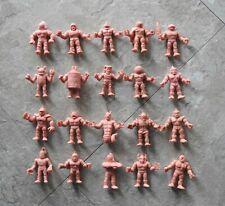 20 x Mixed Lot of Flesh Figures -  Mattel M.U.S.C.L.E. Men - Lot #2