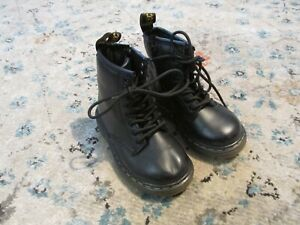 Dr Martens Docs Brooklee Boots Black Leather Airwair 8 UK 7 EU 24 Toddler Shoes