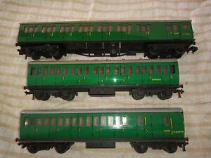 Hornby Dublo suburban coaches x 3 SR GREEN