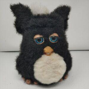 Furby 2005 Black and White Blue Eyes EmotoTronic, Hasbro 59294