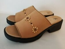 Women's Hush Puppies Zero G Leather Beaded Sandals  Size 11 NEW