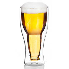 doppelwandiges Bierglas Umgestülpte Bierflasche
