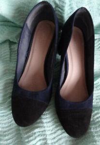 UK8/Eu41 *MONSOON* Chic dark blue suede leather court shoes heels