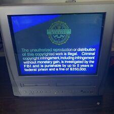 Silver 20 inch Model Mwc20T6 Flat Screen Magnavox Tv / Dvd / Vcr Combo W/Remote