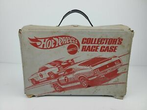 Vintage Hot Wheels 24 Car Collector's Race Case 1975 Mattel Gray Red