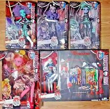 New Monster High Freak Du Chic Circus Set + 5 Dolls