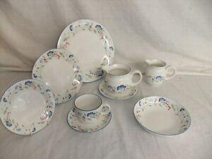 c4 Porcelain English China Royal Doulton Expressions - Windermere (1990) - 5E3A
