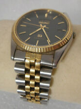 Seiko Mens Water Resistant Day Date Quartz Watch 5Y23-8A69 A4 w/ Black Face