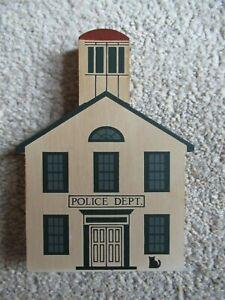 Cat's Meow 1987 Series V Police Department RETIRED Pine Shelf Sitter