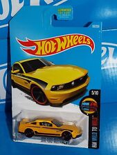 Hot Wheels 2016 Mild To Wild #60 2010 Ford Mustang GT Yellow w/ MC5s