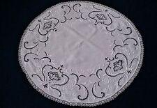 tolle runde Tischdecke mit Lochstickerei Weißstickerei Handarbeit und Spitze