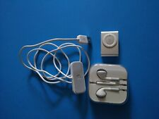 Apple iPod silver 2nd gen 1Gb, shuffle A 1204 with accessories, bundle