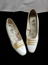 Vintage Air Step Heels, Shoes, White, Pearl, sz 7.5 A Euc