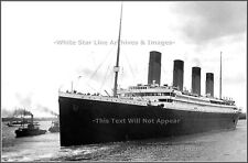 POSTER PRINT FINE VIEW: Titanic Underway On Sailing Day - April 10, 1912