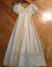 vintage MONTALDOS 70's prom Gown Formal Lined dress size small ivory eyelet