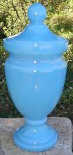 -Vintage 1950-1960 Gracieux Pot Couvert Flacon de Toilette Verre Opaline Bleue