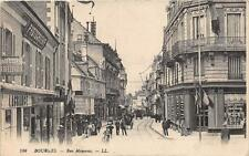 CPA 18 BOURGES RUE MOYENNE