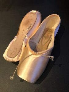 FREED Pointe Shoes Classic Pro