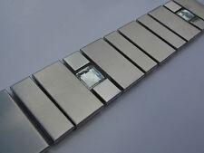 Bordüren fliesen mosaik bad edelstahl poliert metall silber glänzend matt glas