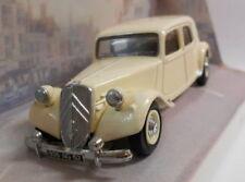 Véhicules miniatures noirs pour Citroën 1:64