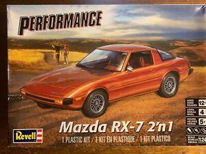 Revell 1:24 Mazda RX7 Model Kit