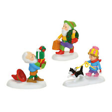 Dept 56 North Pole Holiday Elves Accessory NEW 4056676 2017 D56 NP