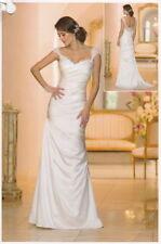Scoop Neck Satin Column/Sheath Wedding Dresses