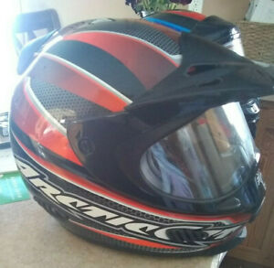 Arctic Cat SNOWMOBILE HELMET full face shield Size Large RED BLACK w/bag