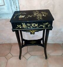 Table à ouvrage travailleuse époque Napoléon III en bois noirci hérons XIXème