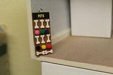 Dolls House (PET SHOP DA APPENDERE Board = cane ossa & BALLS