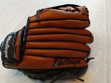 MacGregor child's baseball mitt 10.5inch deep grip pocket
