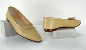 Manolo Blahnik in Box 7 US 37 EU Beige Leather Ballet Flat Shoes Bow Runway Auth