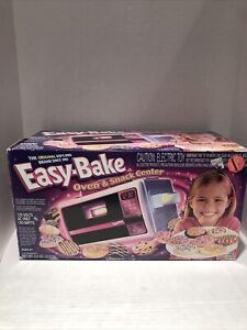 Vintage Easy Bake Oven 2001 Vintage with Accessories, Brand New