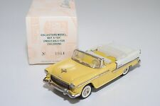 \ BUBY COLLECTOR'S CLASSICS CHEVROLET 1955 CONVERTIBLE YELLOW WHITE MINT BOXED