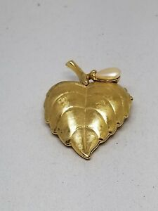 Avon leaf shaped Perfume Holder Pin with Faux Pearl Holder is empty