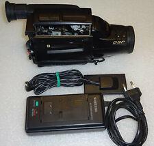 VIDEOCAMERA SAMSUNG VP-U10 MYCAM AF CCD 8X ZOOM PAL CAMERA RECORDER CAMCORDER TV