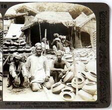 INDIA, Rival Pot Sellers in the Market, Lahore--Underwood  #16