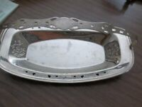"""Lovely Vintage Silverplated Handled Dish FORMAN BROS 7  x 13 """""""