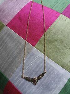 Modeschmuck Kette mit 2 dunkelroten Steinen Gold