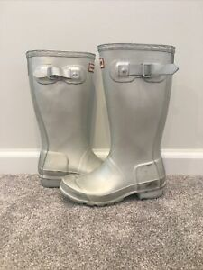 Kid's Hunter Silver Rain Boots With Identification Tag(Size 2 Boys/3 Girls) Used