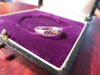 Schöner 925 Silber Ring Klein Modern Rillen Muster Struktur Vintage Schlicht Top