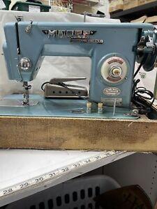 morse heavy duty sewing macine